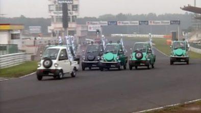 Daihatsu Midget racing