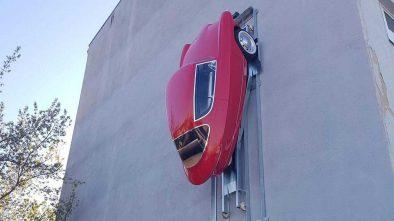 Nobe 100 wall parking